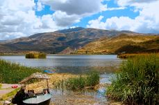 232-huacarpay-lake